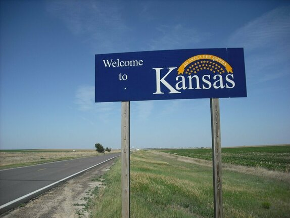 KANSAS CITY, KANSAS HIGHWAY ACCIDENTS - CALL NOW 913 602 7288